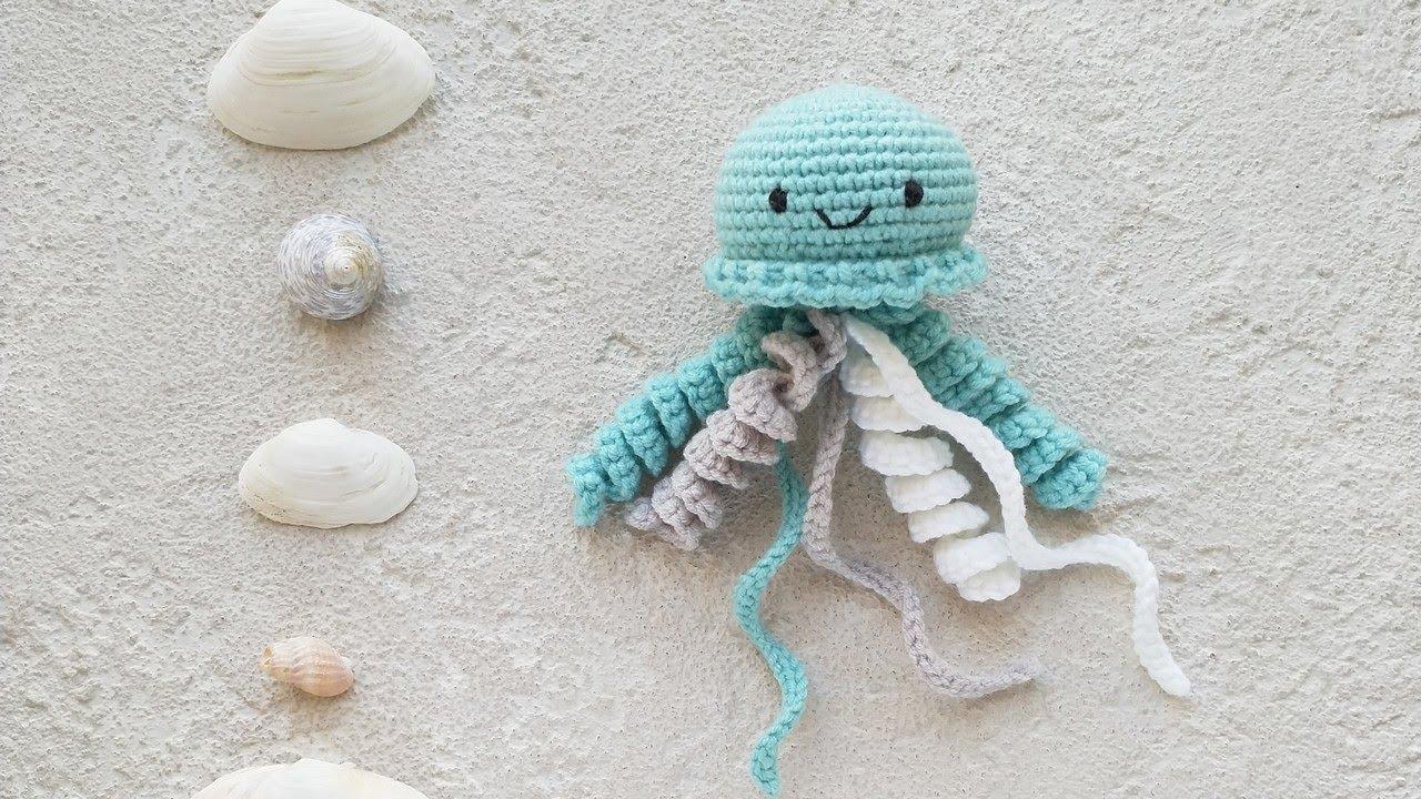 вязаная медуза, вязаные игрушки, мастер-класс по вязанию, медуза крючком, вязаная погремушка, как связать медузу, медуза погремушка, вязаный мобиль, медуза гачком, фото, картинка, мастер-класс, мк, схема, описание, крючком, амигуруми, игрушка, фотография