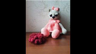 Кошечка в платье крючком. Видео мастер-класс, схема и описание по вязанию игрушки амигуруми