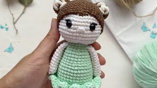 Маленькая кукла крючком. Видео мастер-класс, схема и описание по вязанию игрушки амигуруми